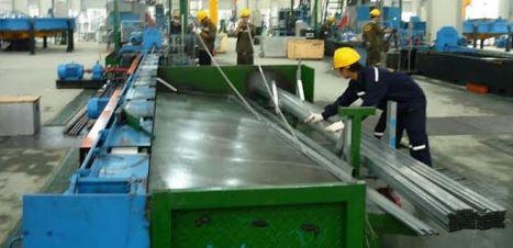 Ảnh minh họa cho quy trình sản xuất ống thép hộp Hòa Phát tại nhà máy